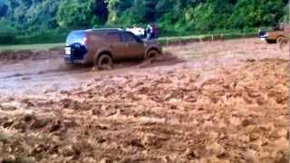 Ford Endeavour Slush Drifting Fun in Coorg