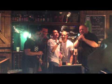 """Garth Brooks' """"Friends in Low Places"""" Karaoke"""