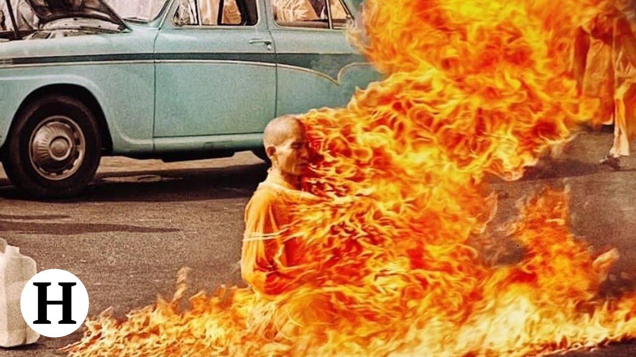 Samospalenie mnicha - historia jednego zdjęcia (Drastyczne zdjęcia) 18+