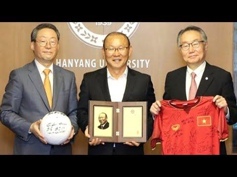 HLV Park Hang Seo Bất Ngờ Được Nhận Giải Thưởng Nhân Vật Của Năm 2018 Tại Hàn Quốc
