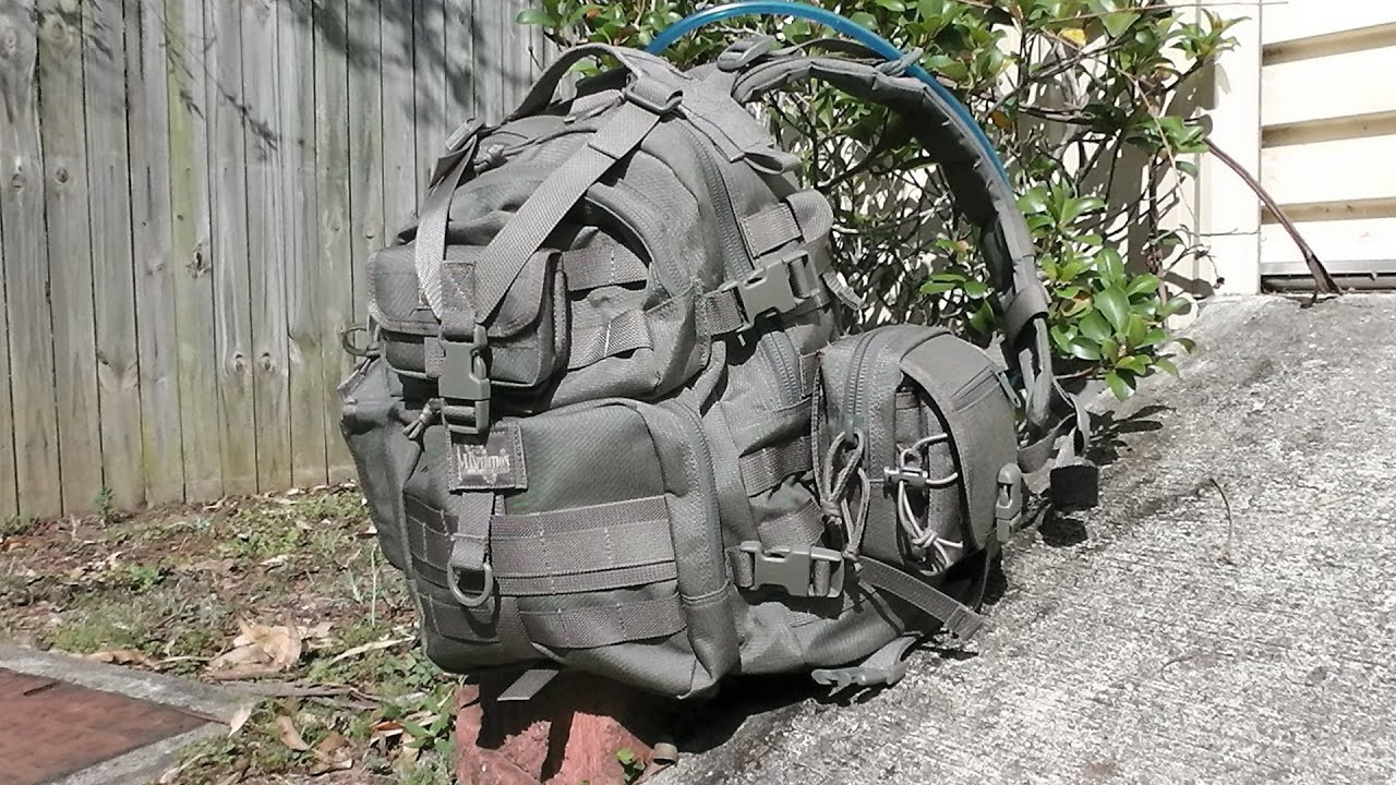 My Day Hike Backpack & Contents - YouTube