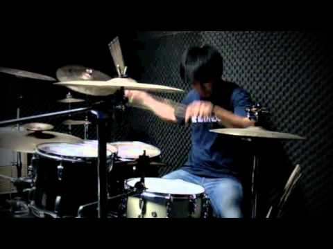 ARAYA - 30 Seconds To Mars - Closer To The Edge (Drum Cover)