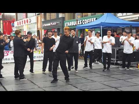 Korean street performer /~ unbelievable performance