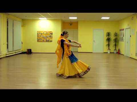 Padmavati | Ghoomar | Rajastani dance thumbnail