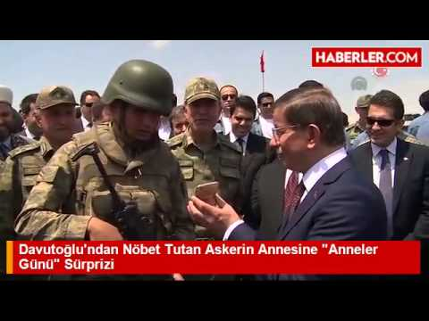 Başbakan Ahmet Davutoğlu'ndan Nöbet Tutan Askerin Annesine  Anneler Günü  Sürprizi
