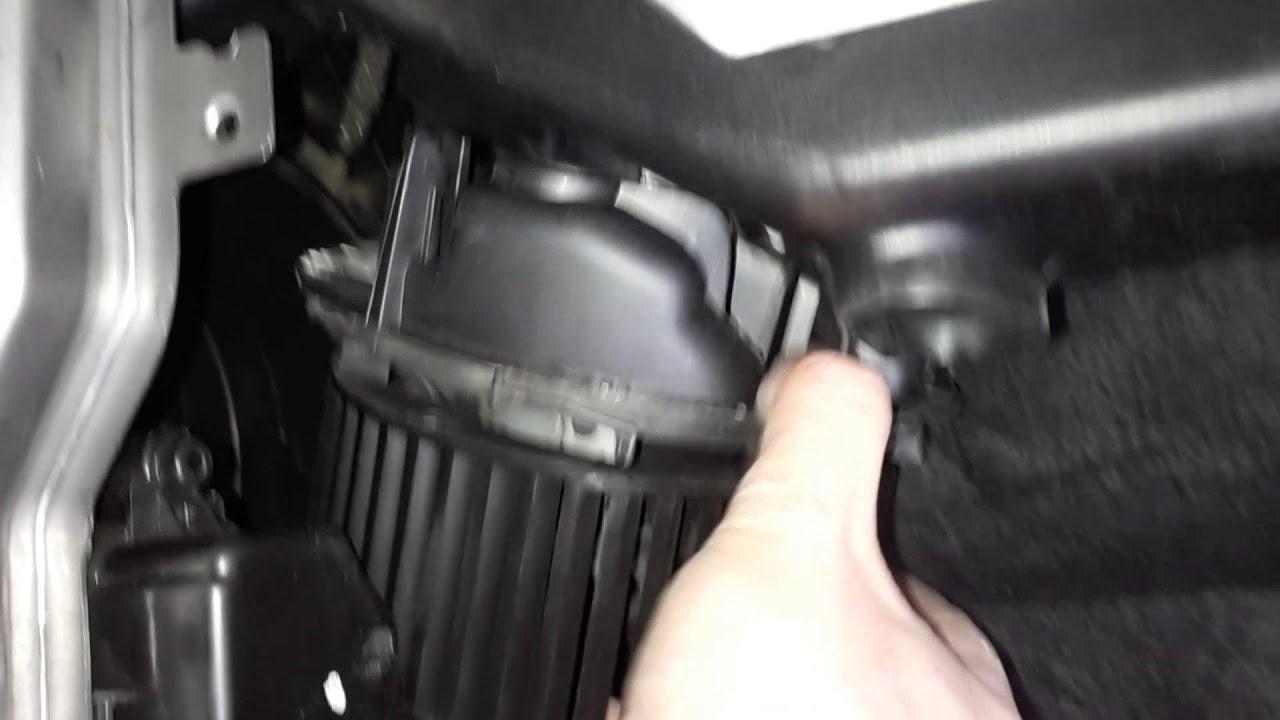 Nissan Tiida Ниссан Тиида Подержанные автомобили - YouTube