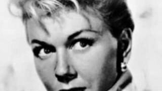 DORIS DAY, 100 SONGS