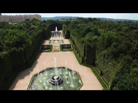 Bosquets et fontaines au Château de Versailles
