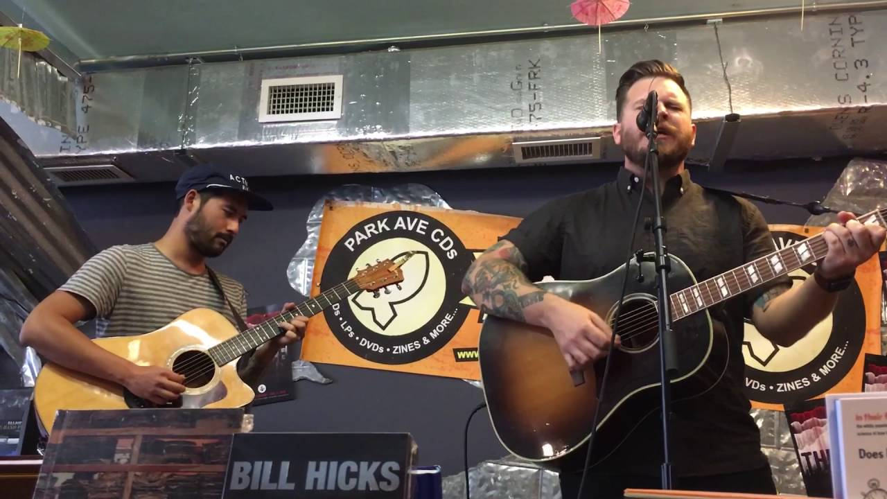 thrice-hurricane-acoustic-performance-at-park-ave-cds-taylor-james
