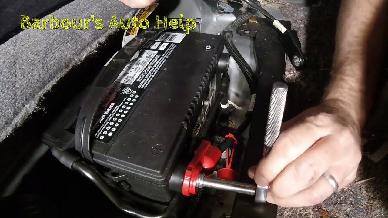 battery replacement 00 05 bonneville and lesabre youtube battery replacement 00 05 bonneville and lesabre