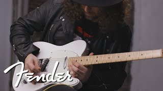 Gitty Demos The Player Series Telecaster® | Fender