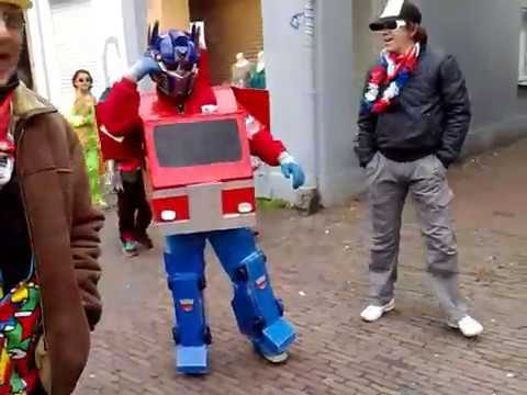Real Transformer, optimus prime costume, carnaval oisterwijk 2009