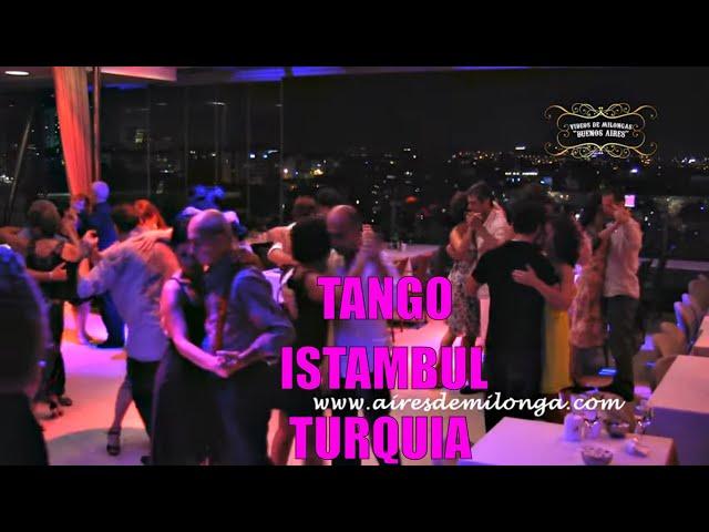 Istambul, Milonguendo en Milonga Ponte  Tango en Turquia