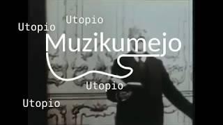 Doktoro Esperanto legas Unuan Libron (1/3)