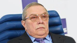 Умер диктор парадов, народный артист России Евгений Хорошевцев