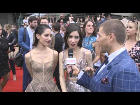 The Veronicas Have Some Exclusive Music News | ARIAs 2015 | Scoopla