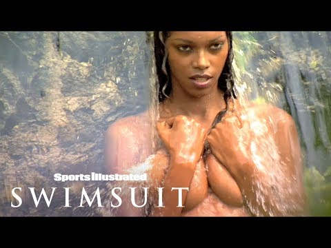 Enter The Secret Garden & Get Wet With Jessica White &…