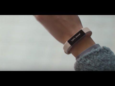 e13357b67 Una de las mejores pulseras de actividad discretas es la Fitbit Alta HR.  Con su reducido tamaño y su pequeña pantalla resulta una pulsera elegante y  muy ...