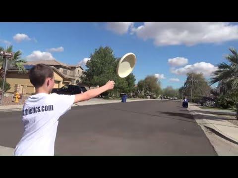 Frisbee Trickshots | Kid Magic