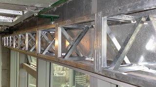 гипсокартонный короб-карниз, с Х-растяжками. Drywall ceiling.(Испытание, попытка сломать карниз для штор, расчет на облицовку плитами ДСП + висение на нём всех интересующ..., 2011-11-01T18:56:32.000Z)