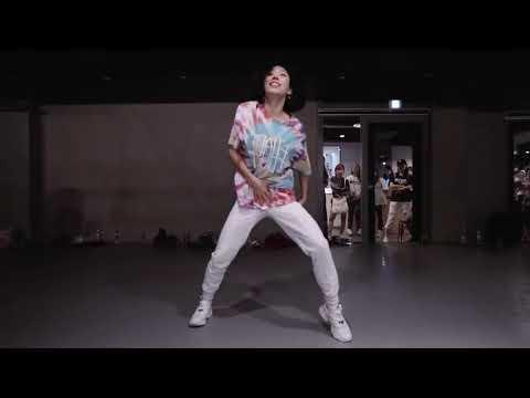 Dance Mirror | Castle On The Hill (Throttle Remix) -  Ed Sheeran | Lia Kim Choreography