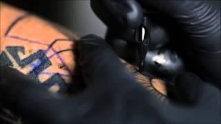 Tatuaje piel la de en agujas