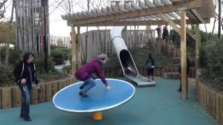 al parco giochi con i bimbi...
