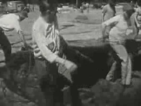 Circus People - circa 1940 - CharlieDeanArchives / Archival Footage