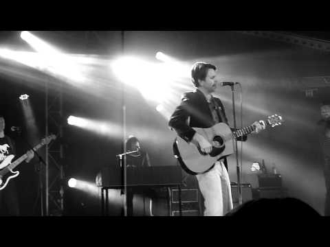 Bernard Fanning - Songbird - LIVE 01.08.2013