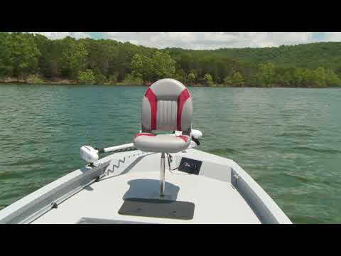 G3 Boats 2018 Bay 22 DLX Product Video