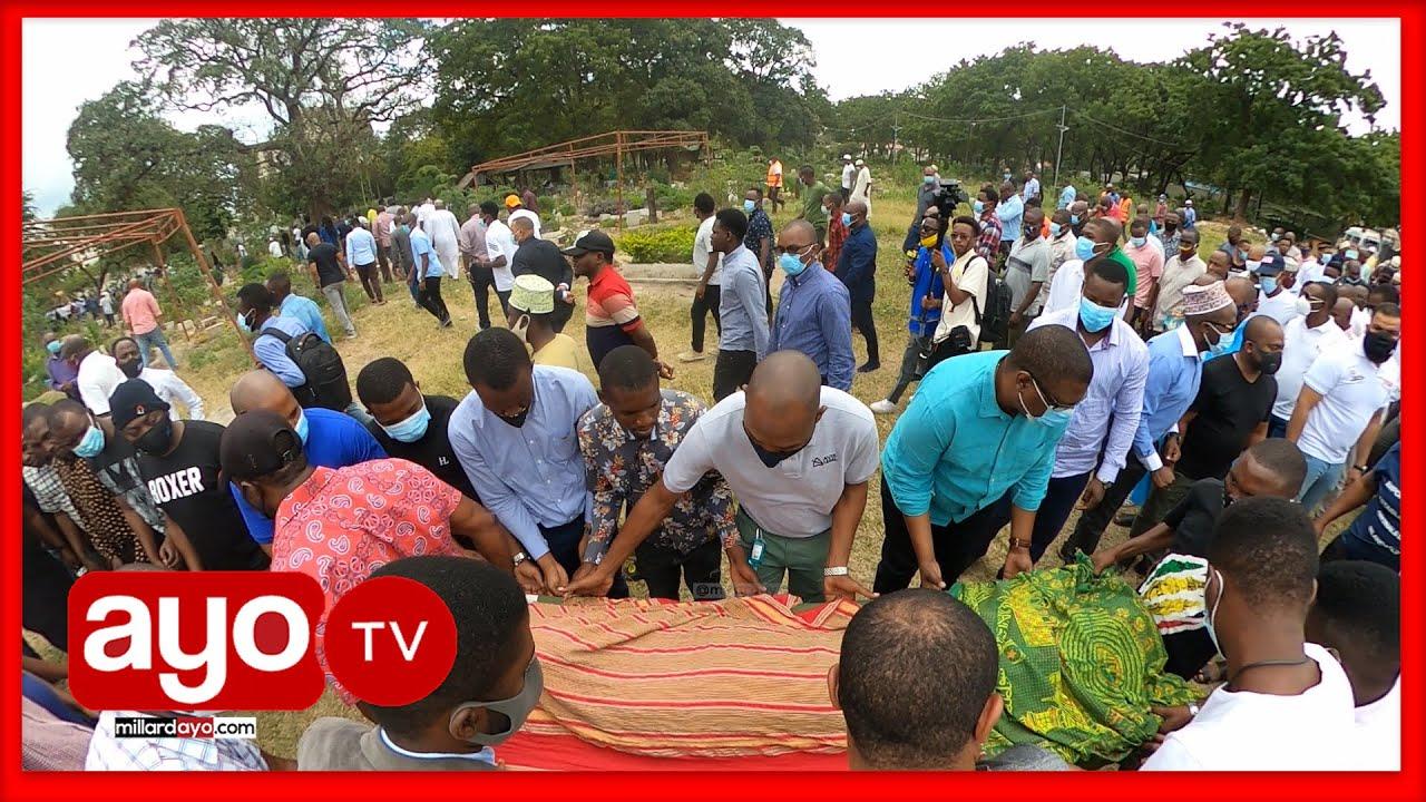 Download TAZAMA MWILI WA MALCOM ULIVYOINGIZWA KABURINI, HUZUNI ZATAWALA