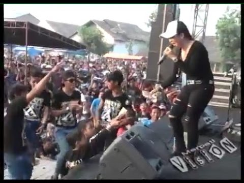 Ratna Antika ~ LAGU SEXY Monata Live in Pandangan Kulon Kragan Rembang 2015