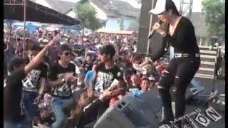 Ratna Antika ~ LAGU SEXY Monata Live in Pandangan Kulon Kragan Rembang 2015.mp3