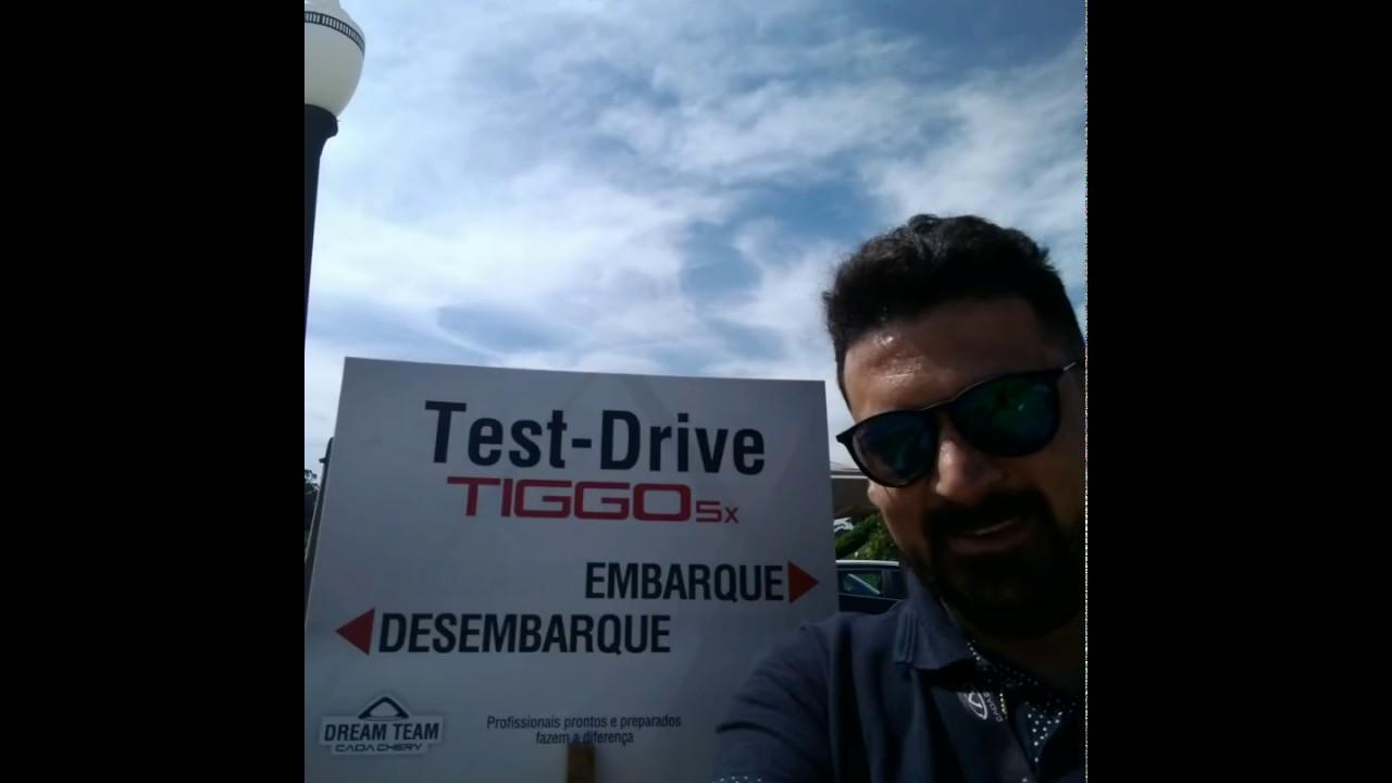 Giba fazendo o teste drive com o Tiggo5x