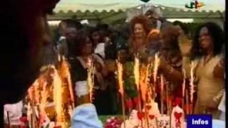 Les artistes Camerounais soutiennent Paul Biya - Fête de la musique 21 juin 2011 à Mvomekaa