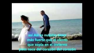 Así Es Nuestro Amor (karaoke)