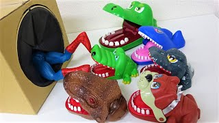 ワニ、恐竜、サメ、犬が穴に収まります! スーパーヒーローがモンスターに飛び込みます!