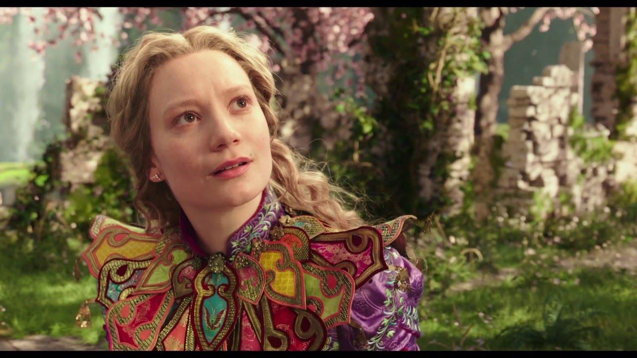 Alice de l'Autre Côté du Miroir - Extrait : Sauver le Chapelier (VF) I Disney