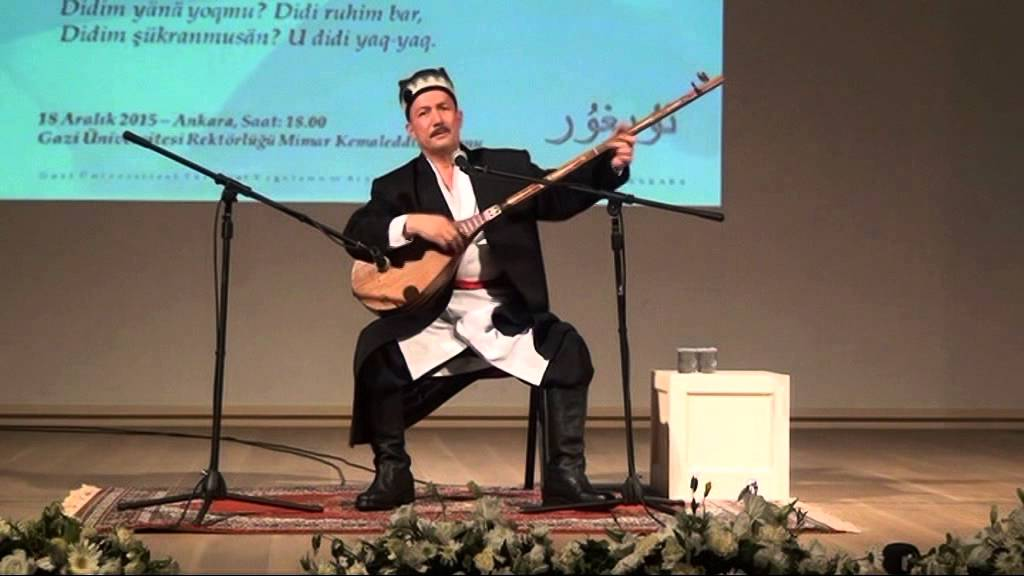Cina Buktikan Musisi Uighur Ini Masih Hidup