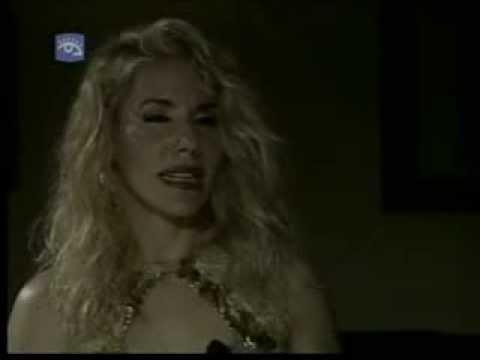 CUBA - REBECA MARTINEZ (Pop.Rock-Vedette) Interview en 'INTIMIDAD'