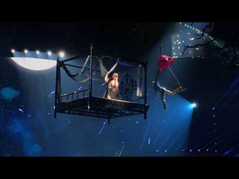 Pink - Just Give Me A Reason - P!NK Beautiful Trauma Tour - Indianapolis March 17, 2018