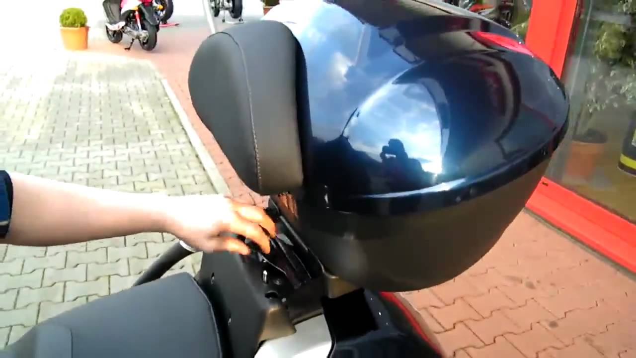 Piaggio Mp3 Topcase 48 Liter Zubeh 246 R Youtube