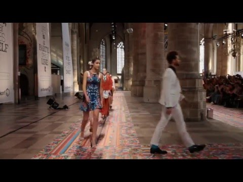 Fashion Show – Freedom of Fashion – de Bijenkorf