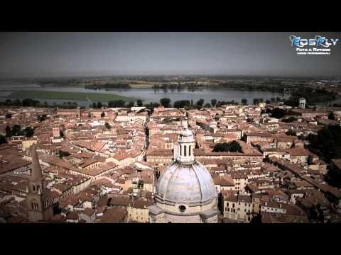 Mantova - Palazzo Te - centro storico. Riprese Aeree EOSFLY