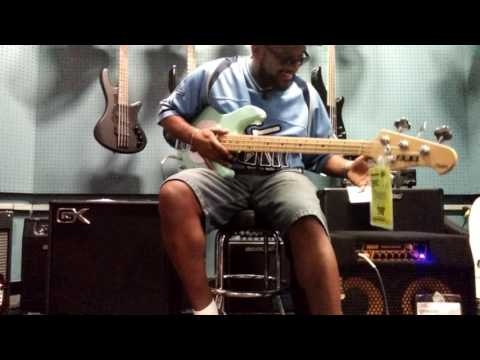 GK MB 210 vs Markbass CMD 102P Tested in the