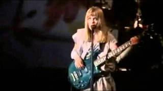 Tom Tom Club - Genius of love (Live: Stop Making Sense) [HQ]