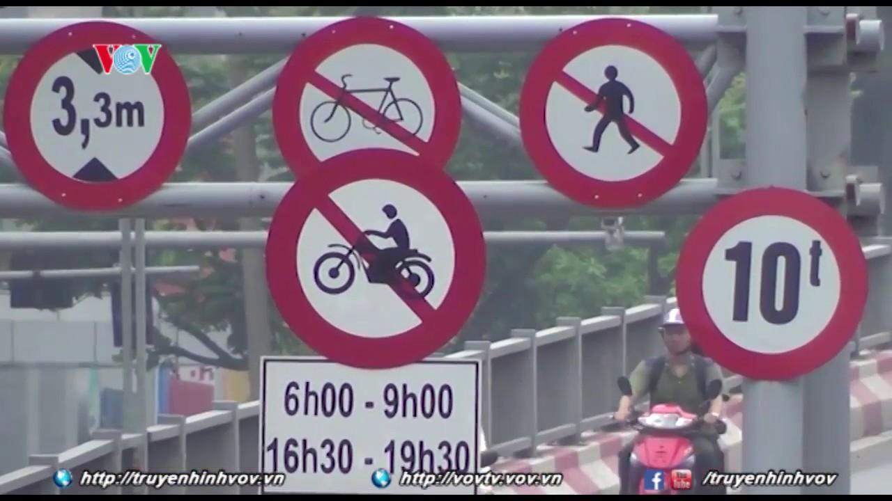 Quy chuẩn về báo hiệu đường bộ trái Luật Giao thông đường bộ ? | VOVTV