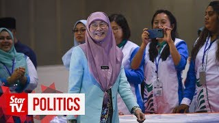 Keep it cool, says Wan Azizah after brawl at PKR congress