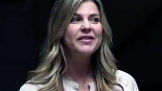 Ted Cruz Campaign Pulls Ad Mocking AA Using Star Amy Lindsay