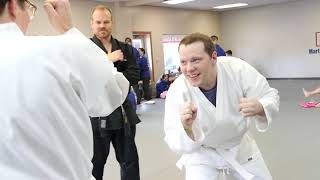 Loo and Drew Try Something New: Martial Arts